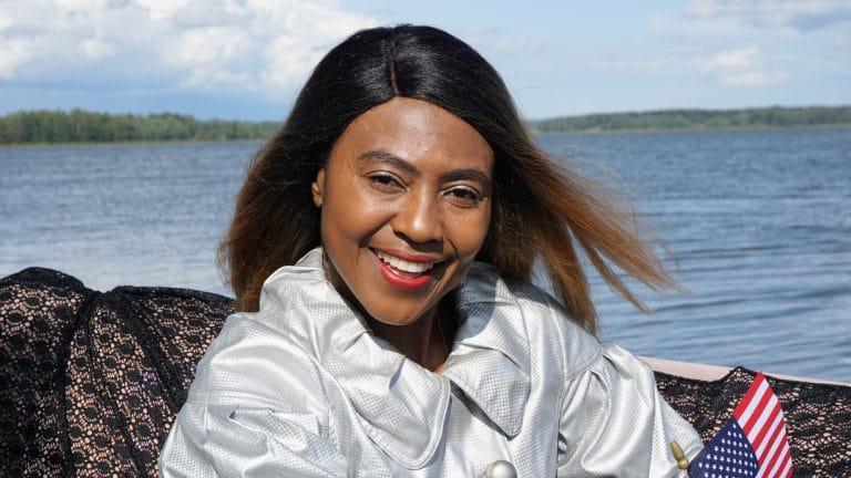 Josephine-Atanga-CEO-at-JEHOM-Driving-School-Women-Design-For-Success-African-American-entrepreneur-in-finland-helsinki-nursing-acarda-uas-holistic-health